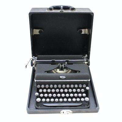 Vintage Manual Typewriter in Case By Royal Typewriter Company