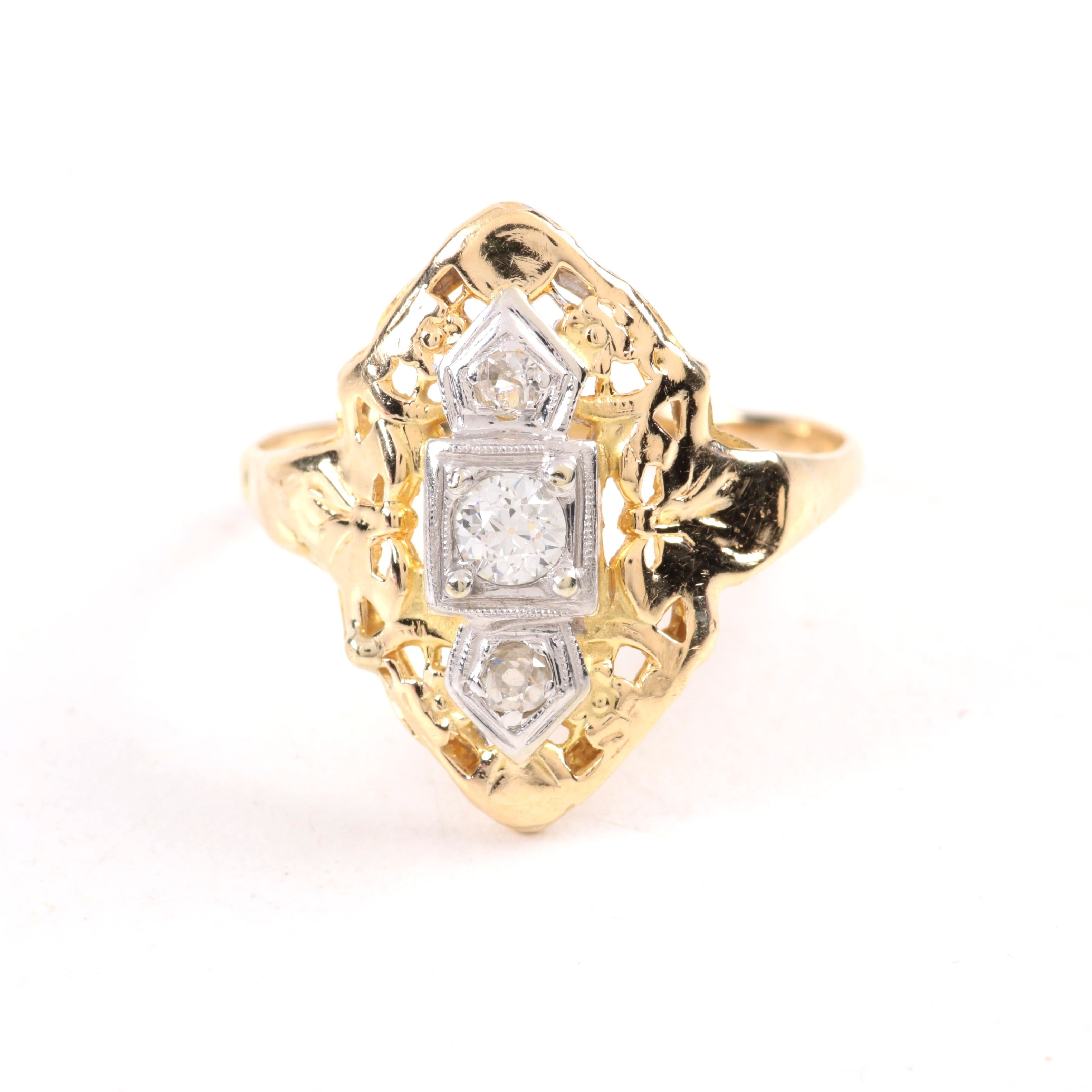 Antique 14K Yellow Gold Ring with Diamonds