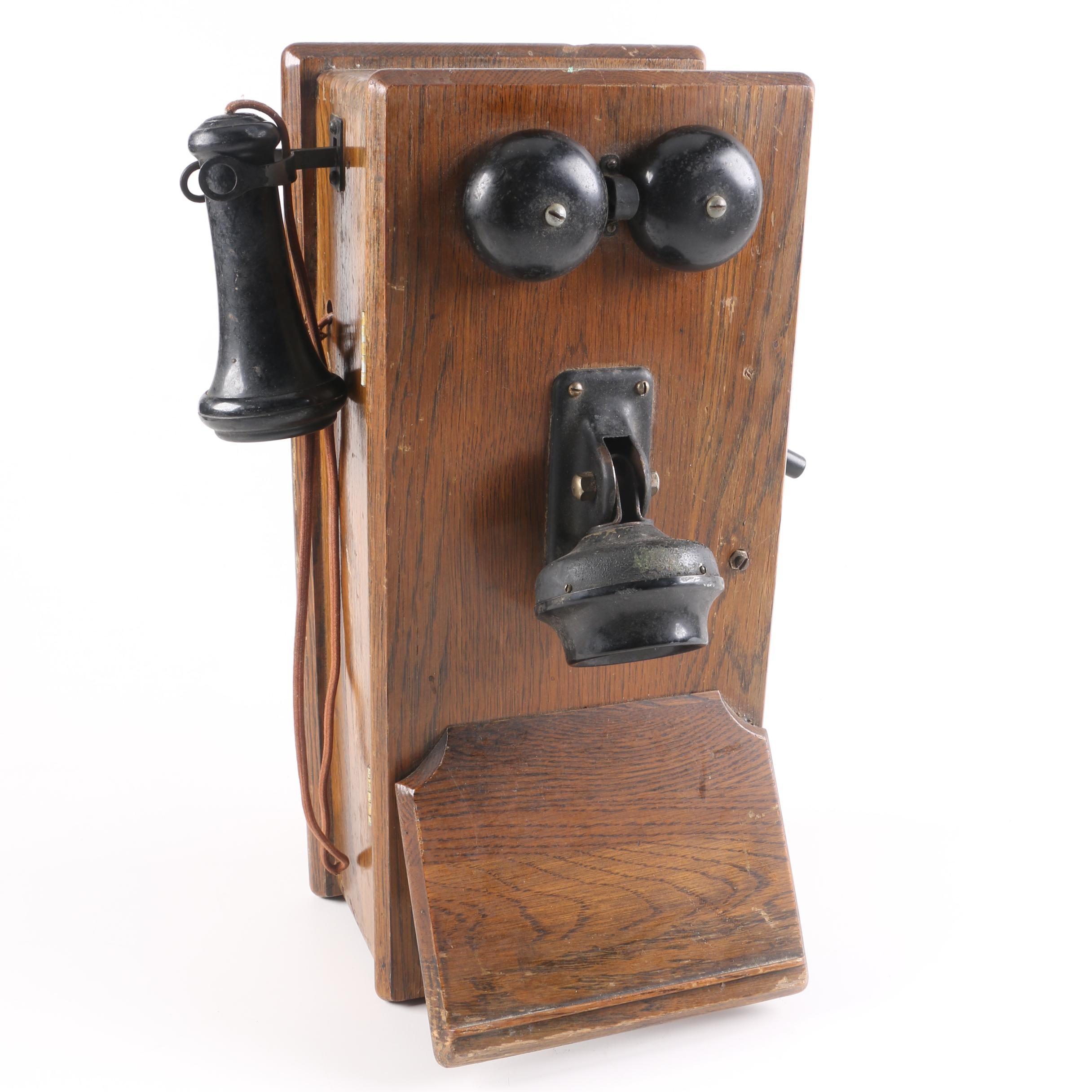Antique Magneto Wall Compact Crank Telephone