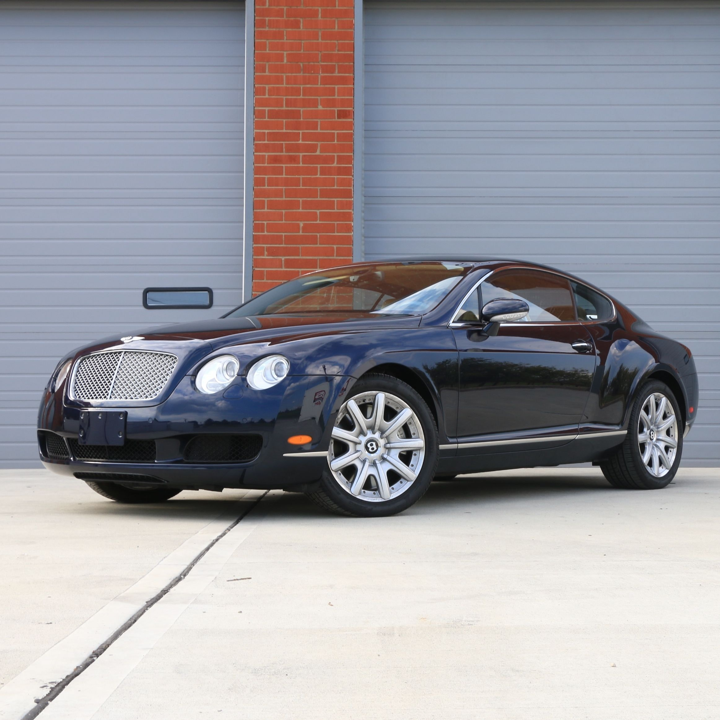 2005 Bentley Continental GT Luxury Turbo Coupe