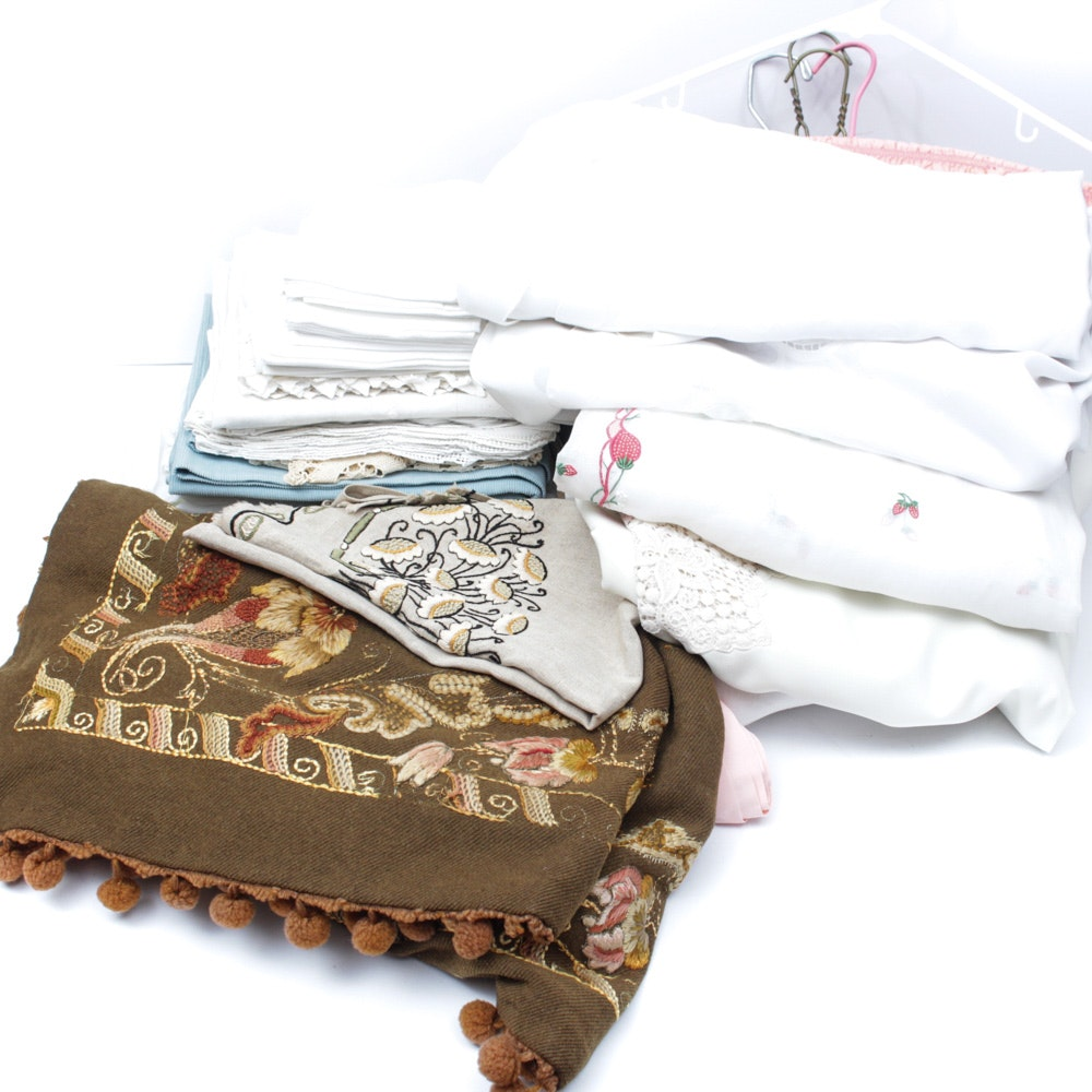Collection of Vintage Table Cloths and Napkins