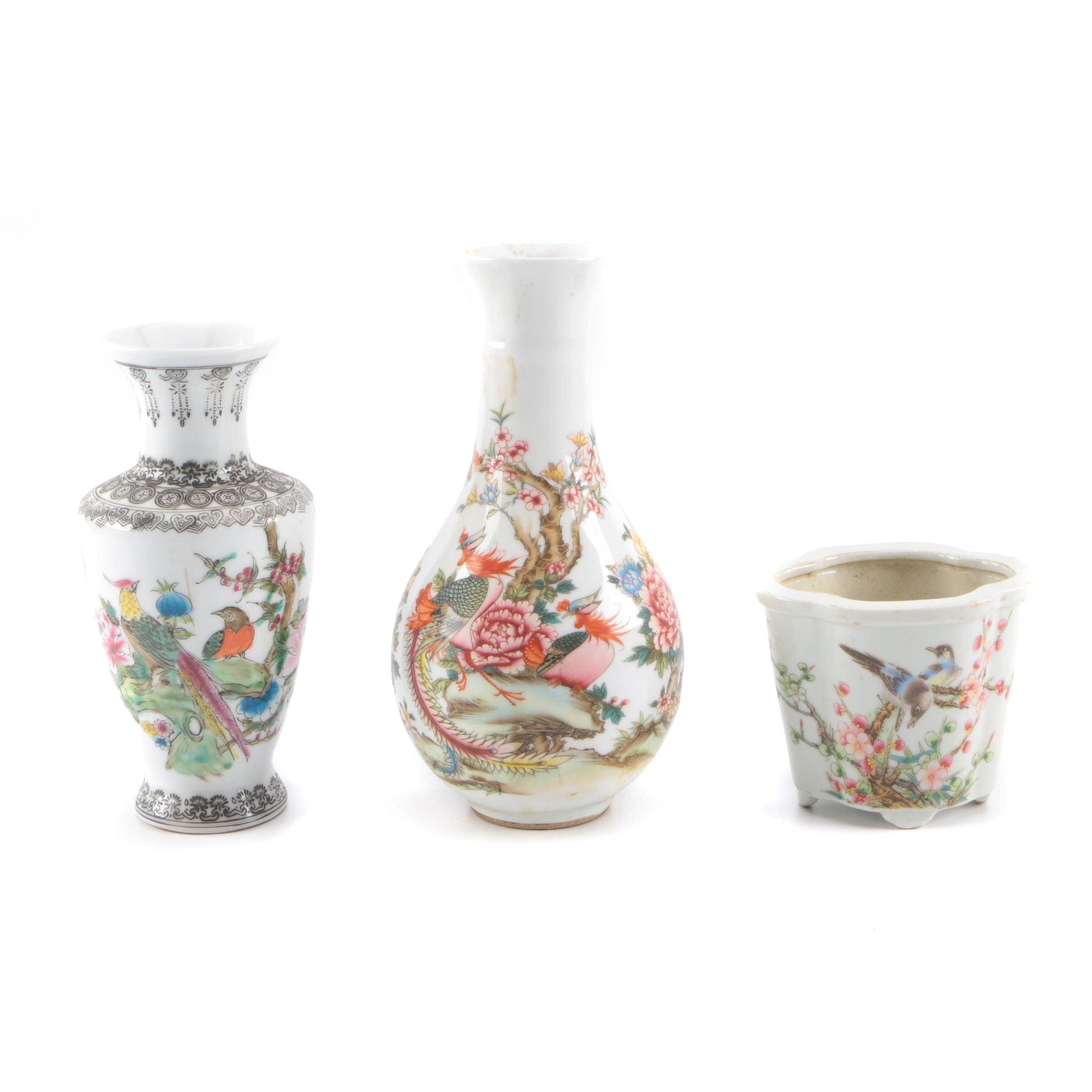Chinese Porcelain Vessels