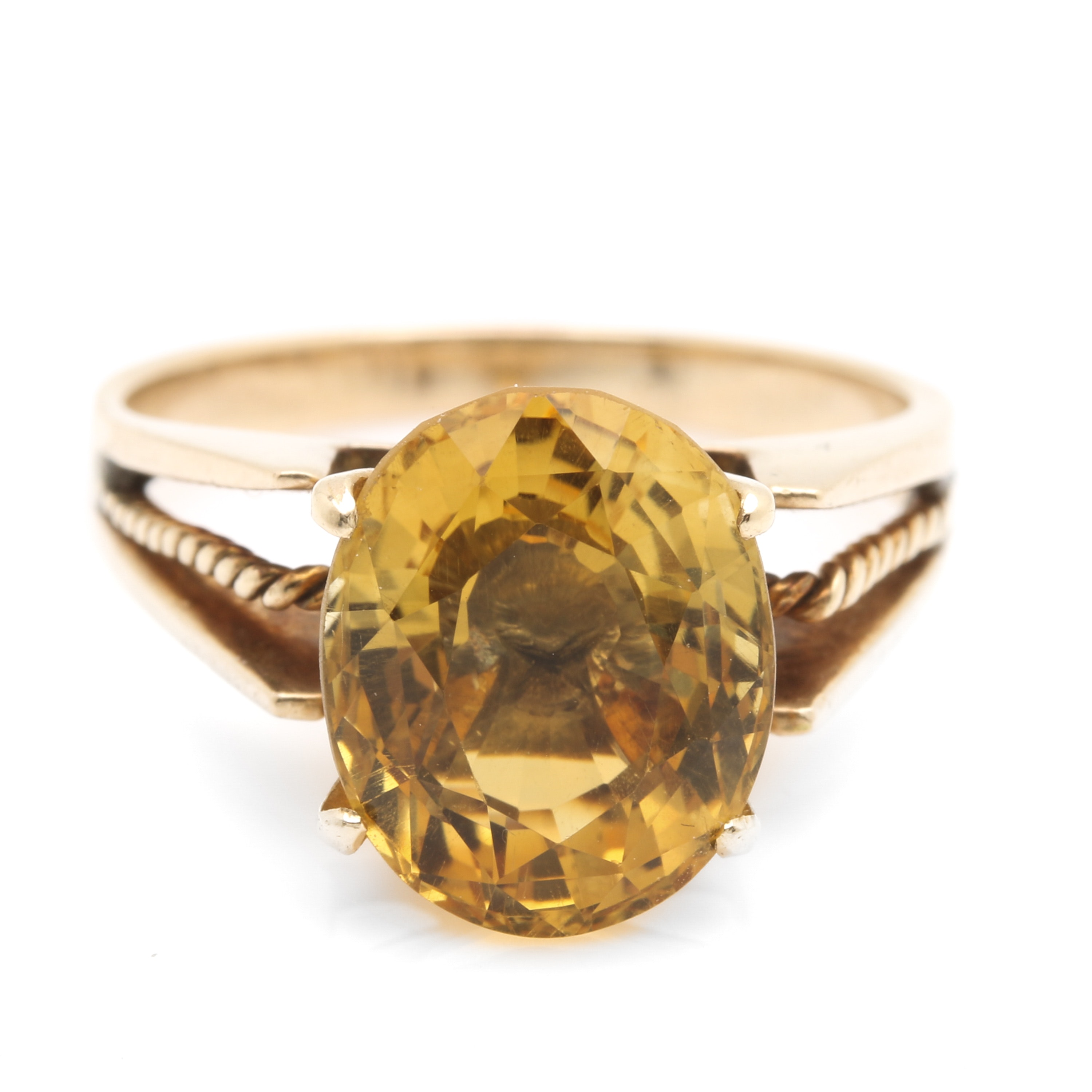 10K Yellow Gold 3.87 CT Citrine Solitaire Ring