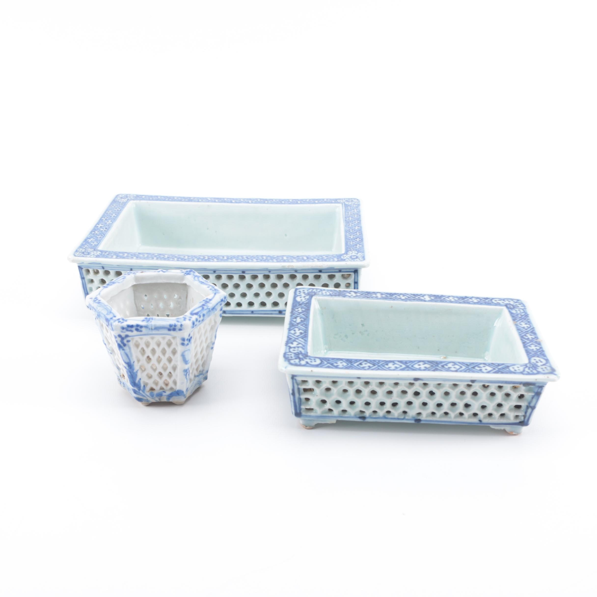 Chinese Blue and White Ceramic Basket Decor