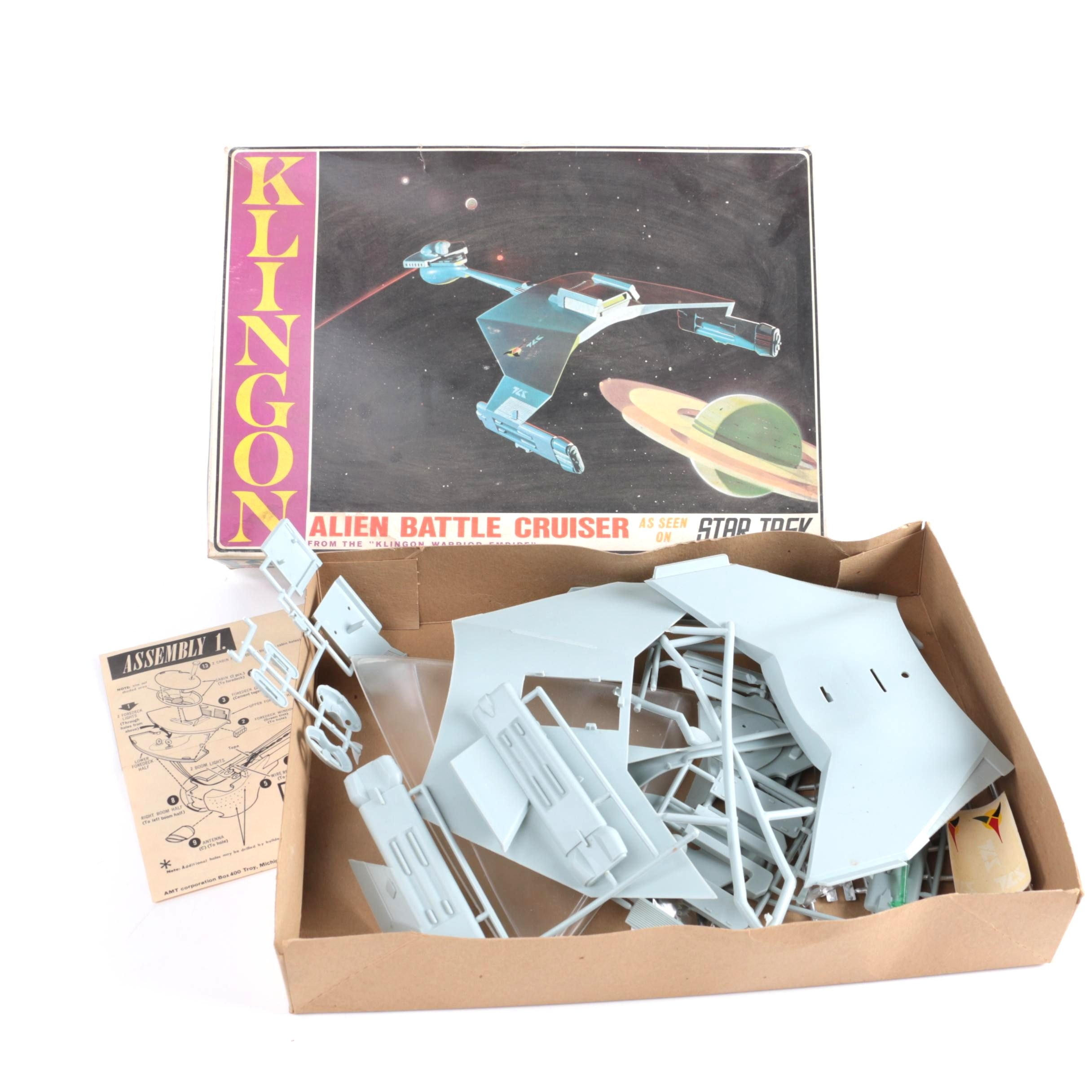 "1960s ""Star Trek"" Klingon Battle Cruiser Model Kit"