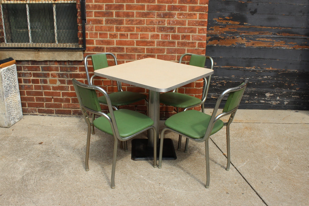 Diner Style Dining Table with Four Chairs