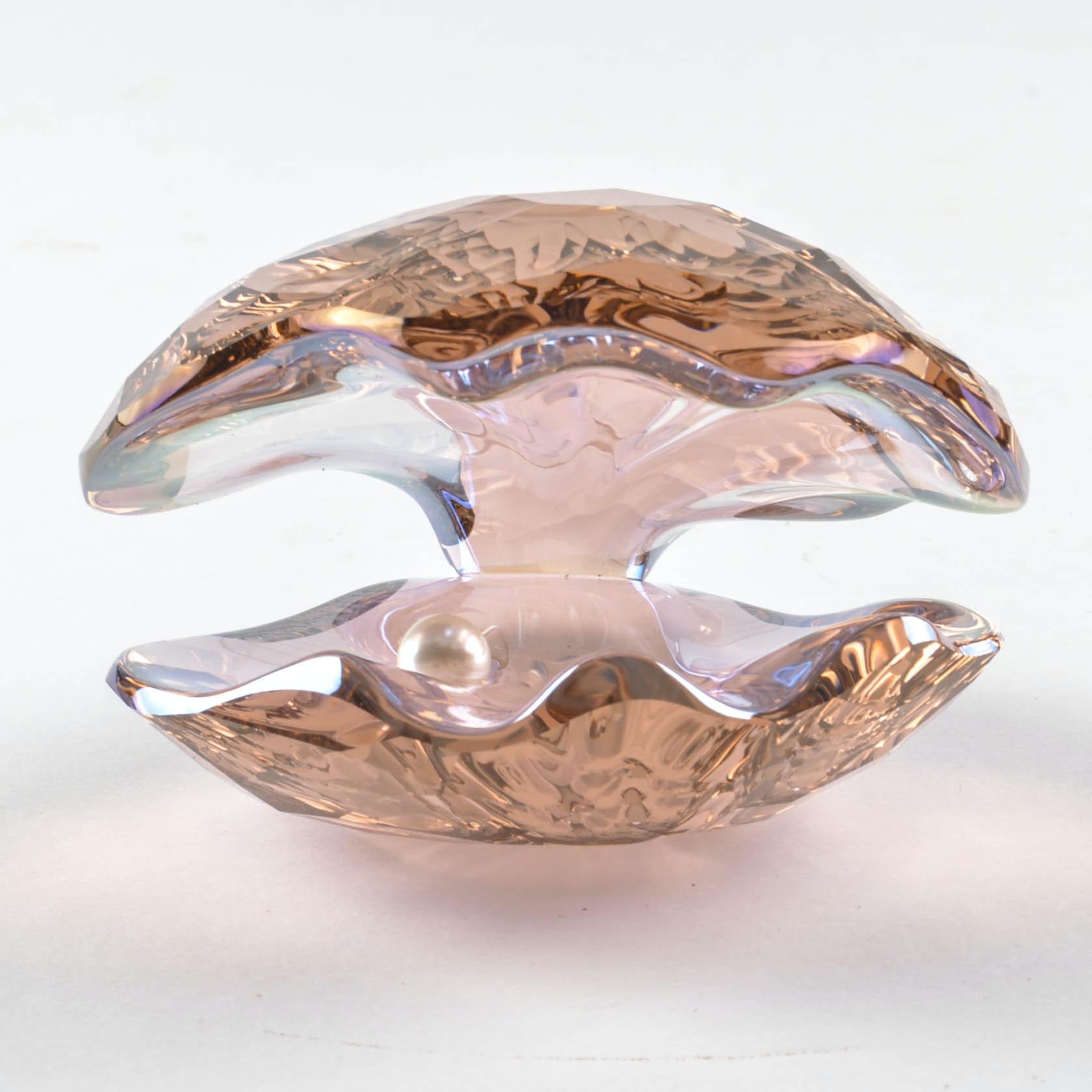 """Swarovski """"Vintage Rose"""" Crystal Pearl Oyster Signed by Stefani Nederegger"""