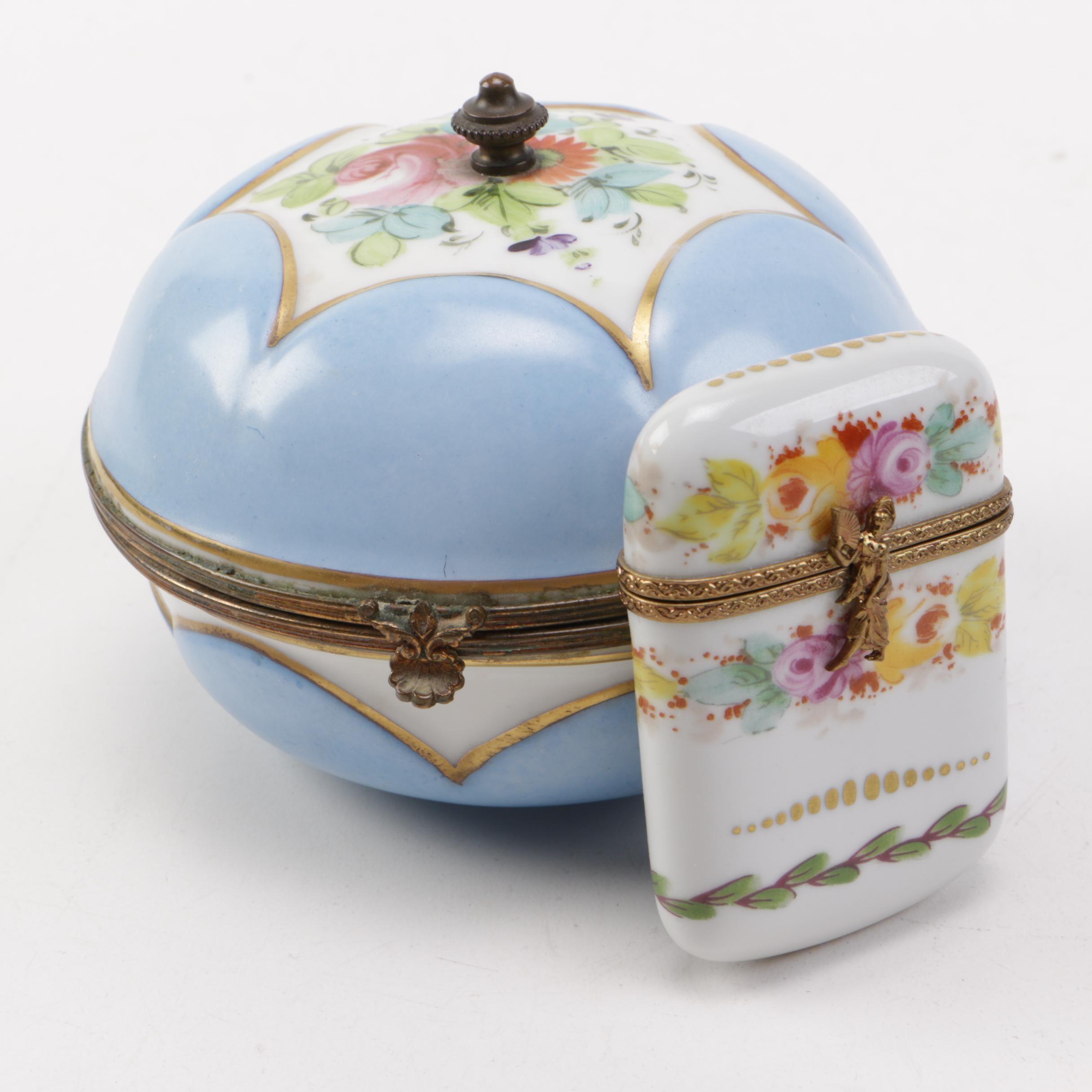 Pairing of Porcelain Trinket Boxes