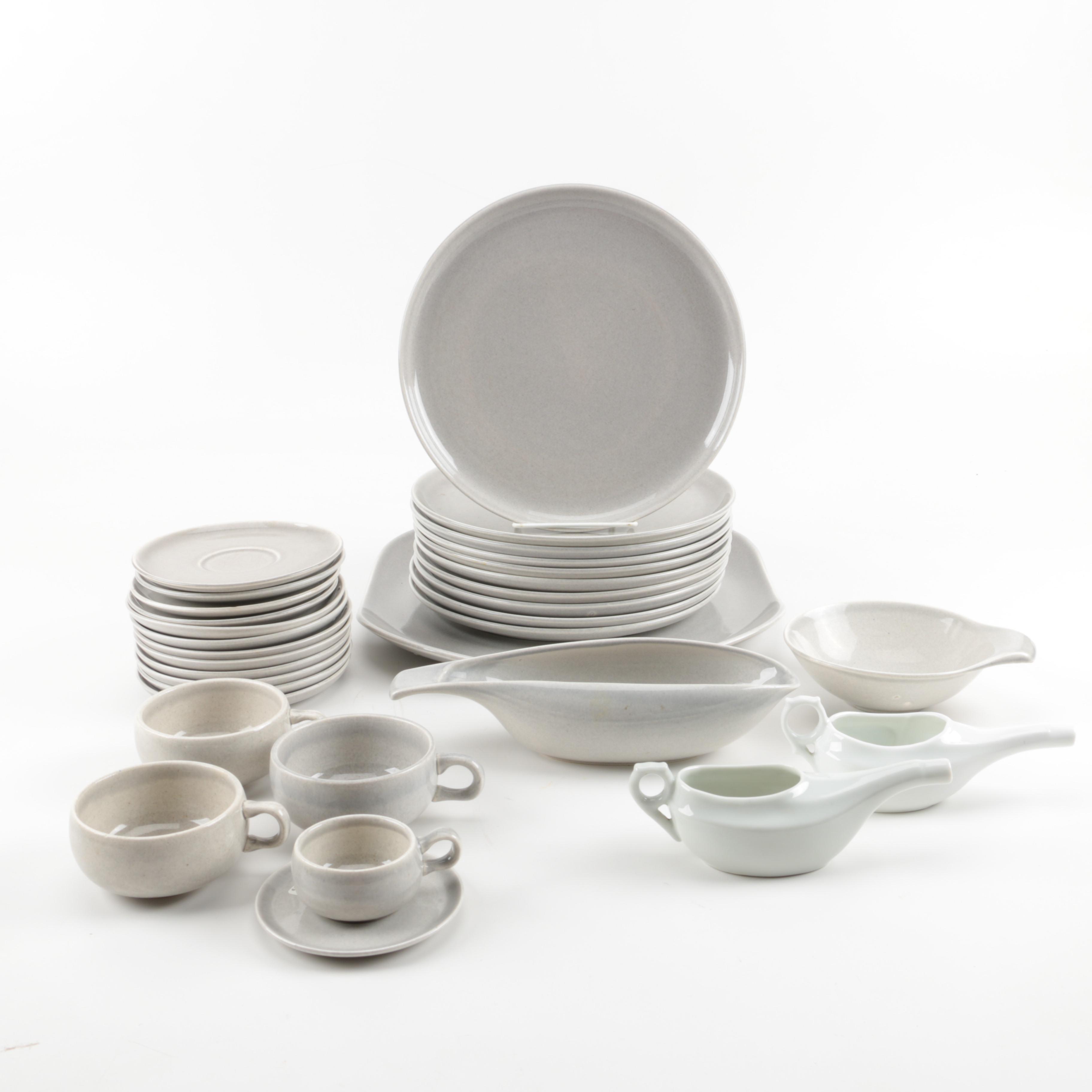 Mid Century Russel Wright \ American Modern\  Tableware Circa ...  sc 1 st  EBTH.com & Mid Century Russel Wright \