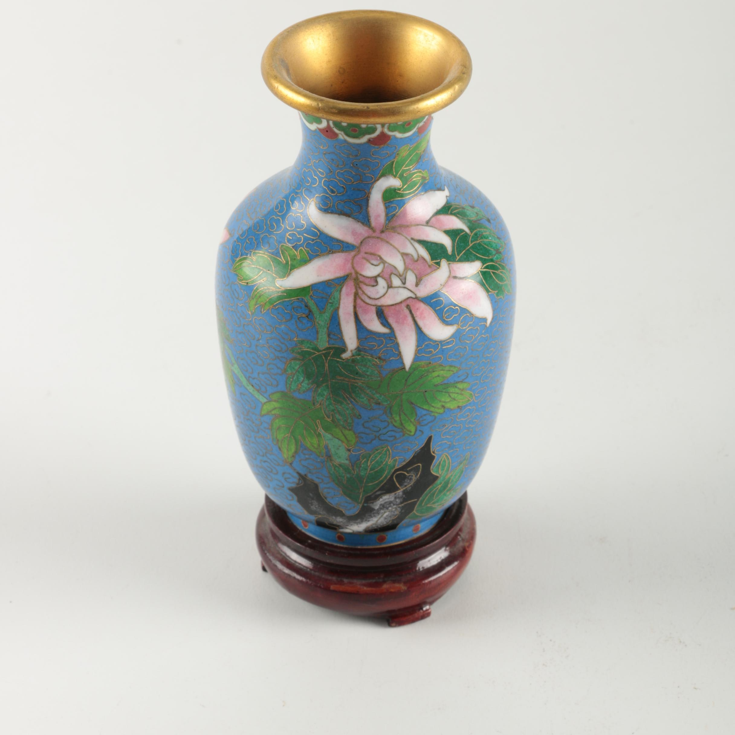 Chinese Cloisonné Vase With Stand