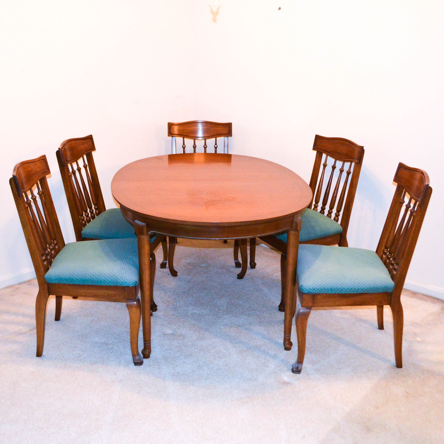 Vintage Dining Table and Chairs by Hickory