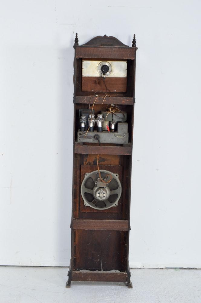 Vintage Crosley Oak Grandmother Clock Tube Radio | EBTH