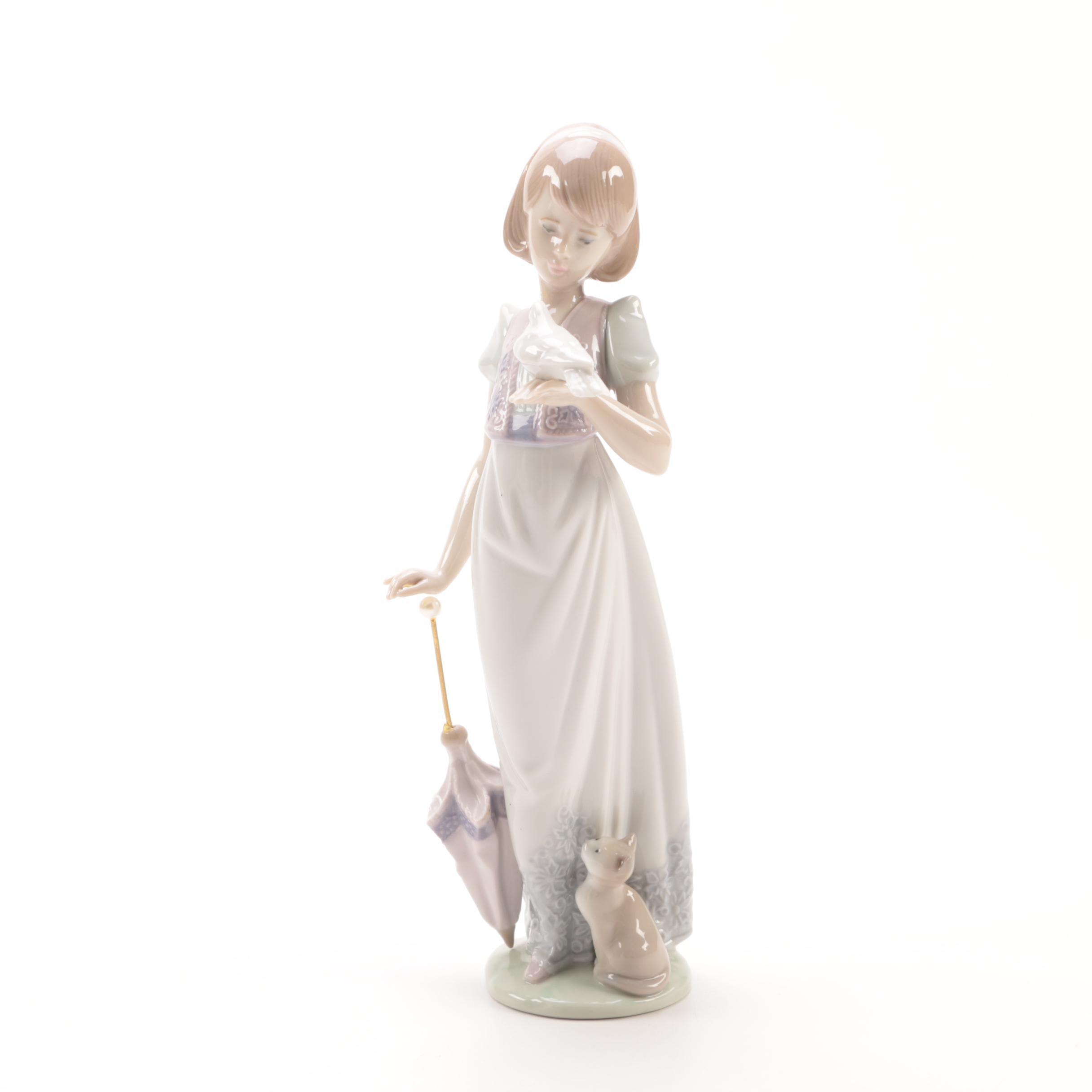 "1991 Lladró ""Summer Stroll"" Porcelain Figurine"