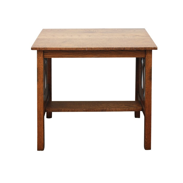 Arts and Crafts Style Oak Table