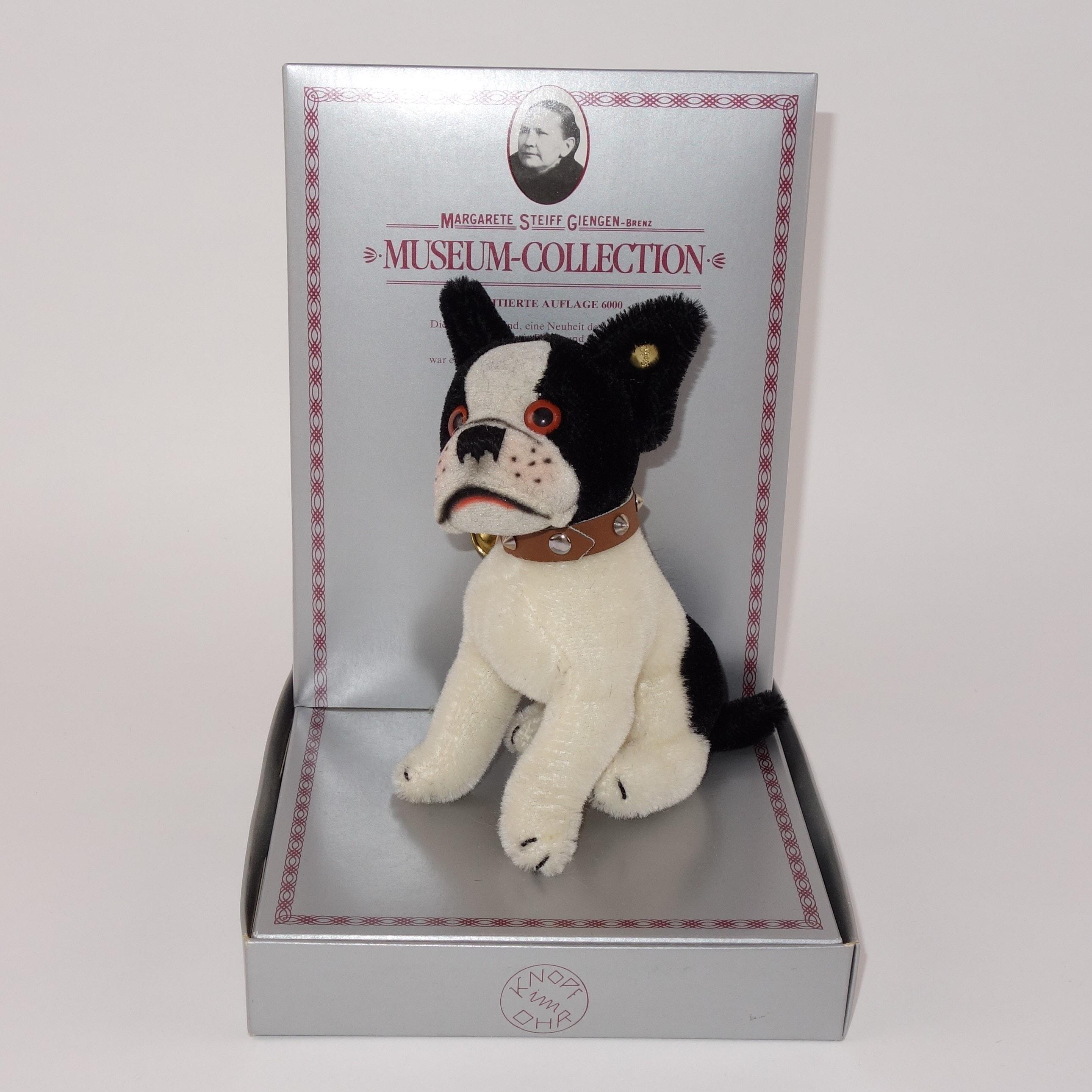Steiff Museum Edition Replica of 1927 'Bully' Dog
