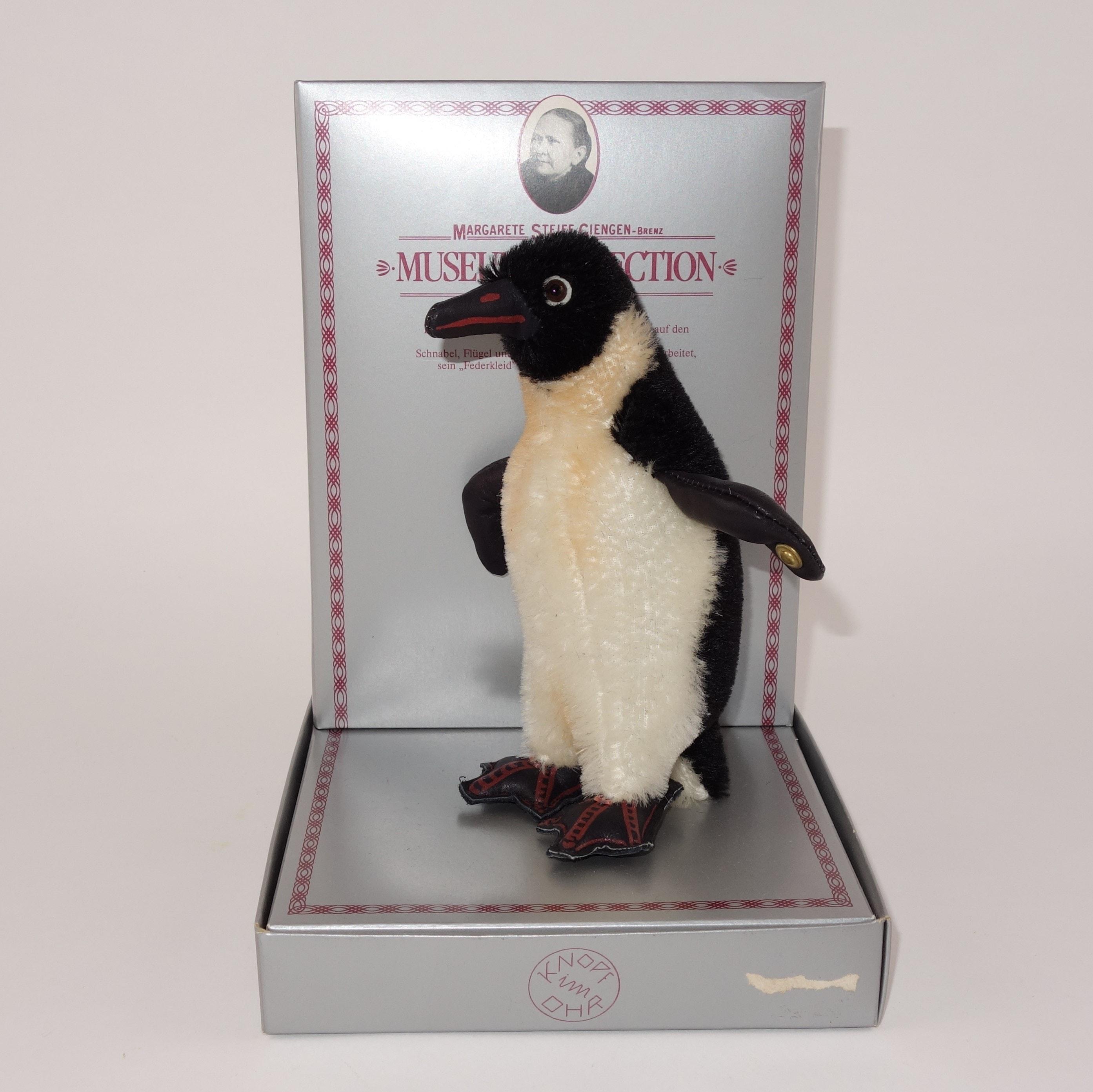 """Steiff Museum Edition Replica of 1928 """"Penguin"""""""