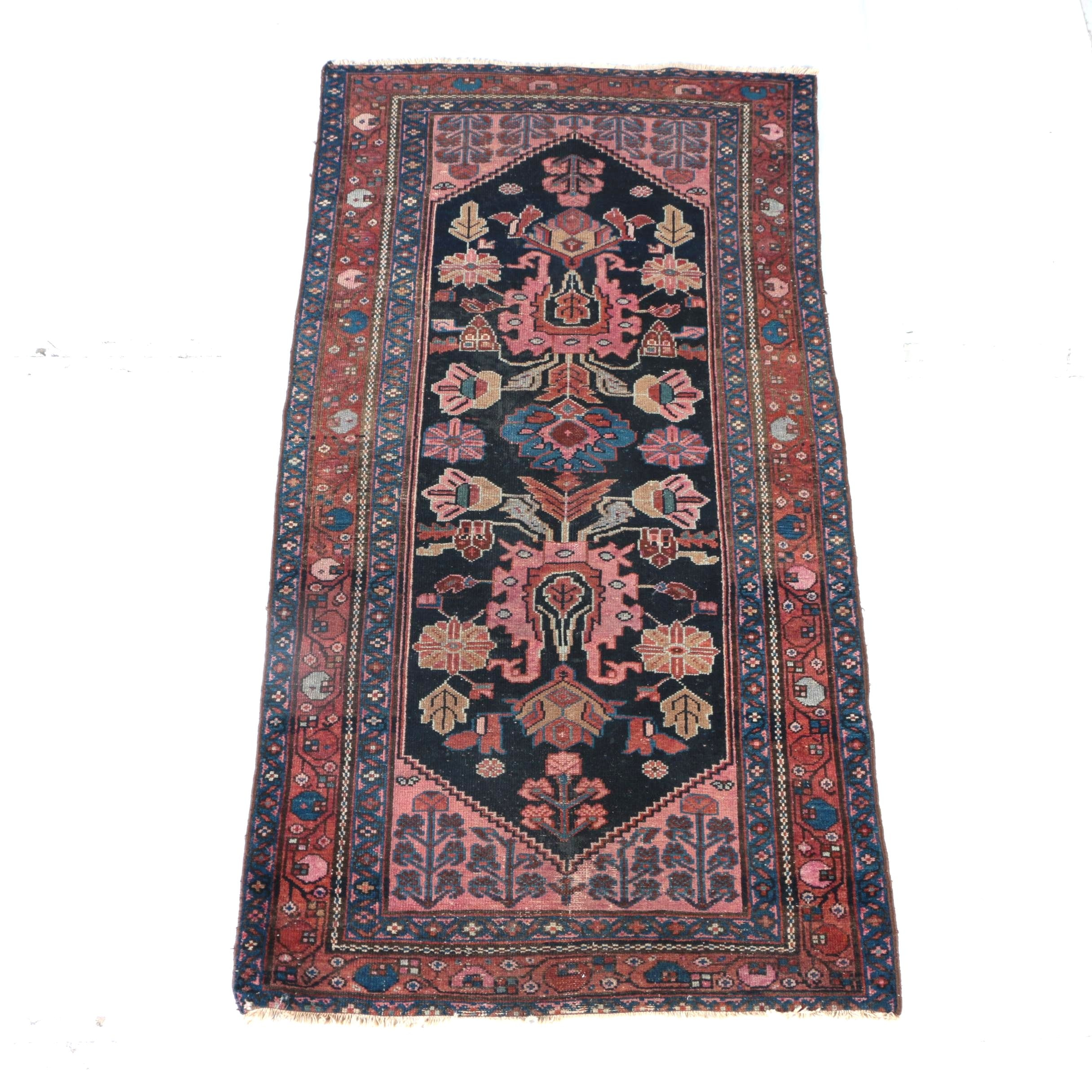 Hand-Knotted Agra Area Rug