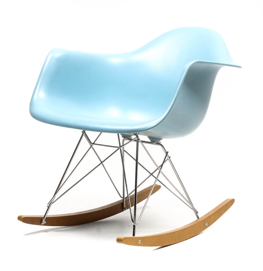 Mid century modern eames rocking chair by vitra ebth for Rocking chair eames vitra