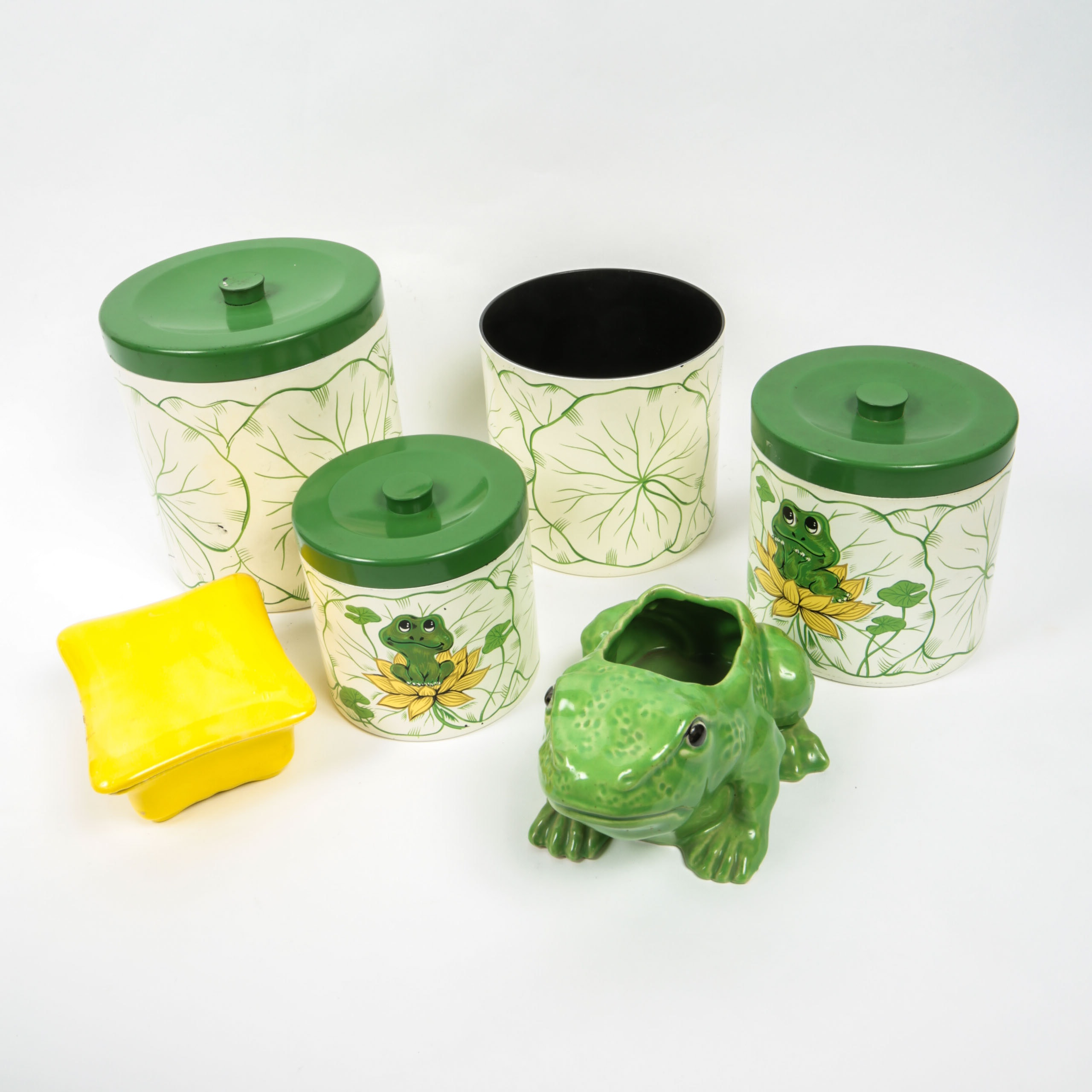 Frog-Themed Kitchenalia Collection
