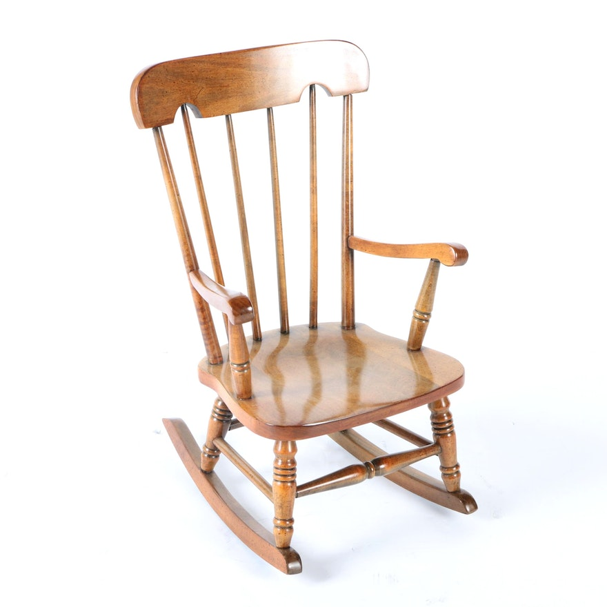 Vintage Spindle Back Rocking Chair by Virginia House ... - Vintage Spindle Back Rocking Chair By Virginia House : EBTH