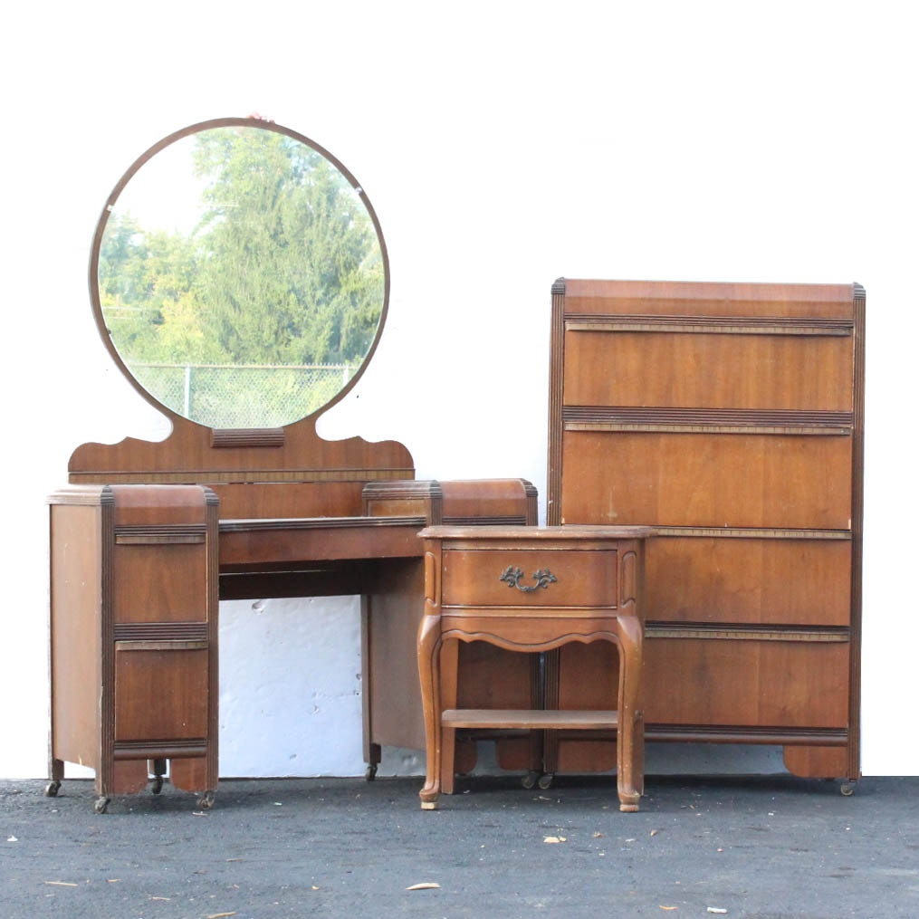"""Collection of Art Deco """"Waterfall"""" Style Bedroom Furniture"""