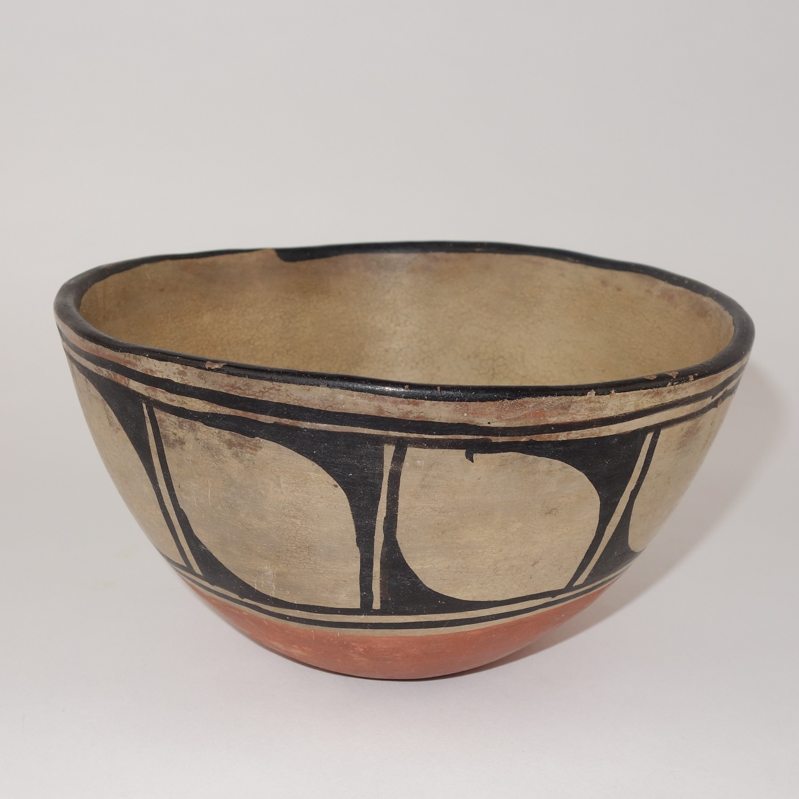 Early Native American Pottery Bowl