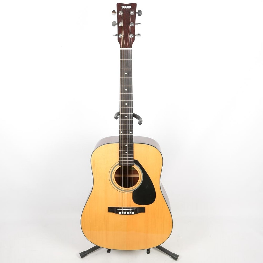 Yamaha dreadnought style acoustic guitar case and stand for Yamaha mox8 specs