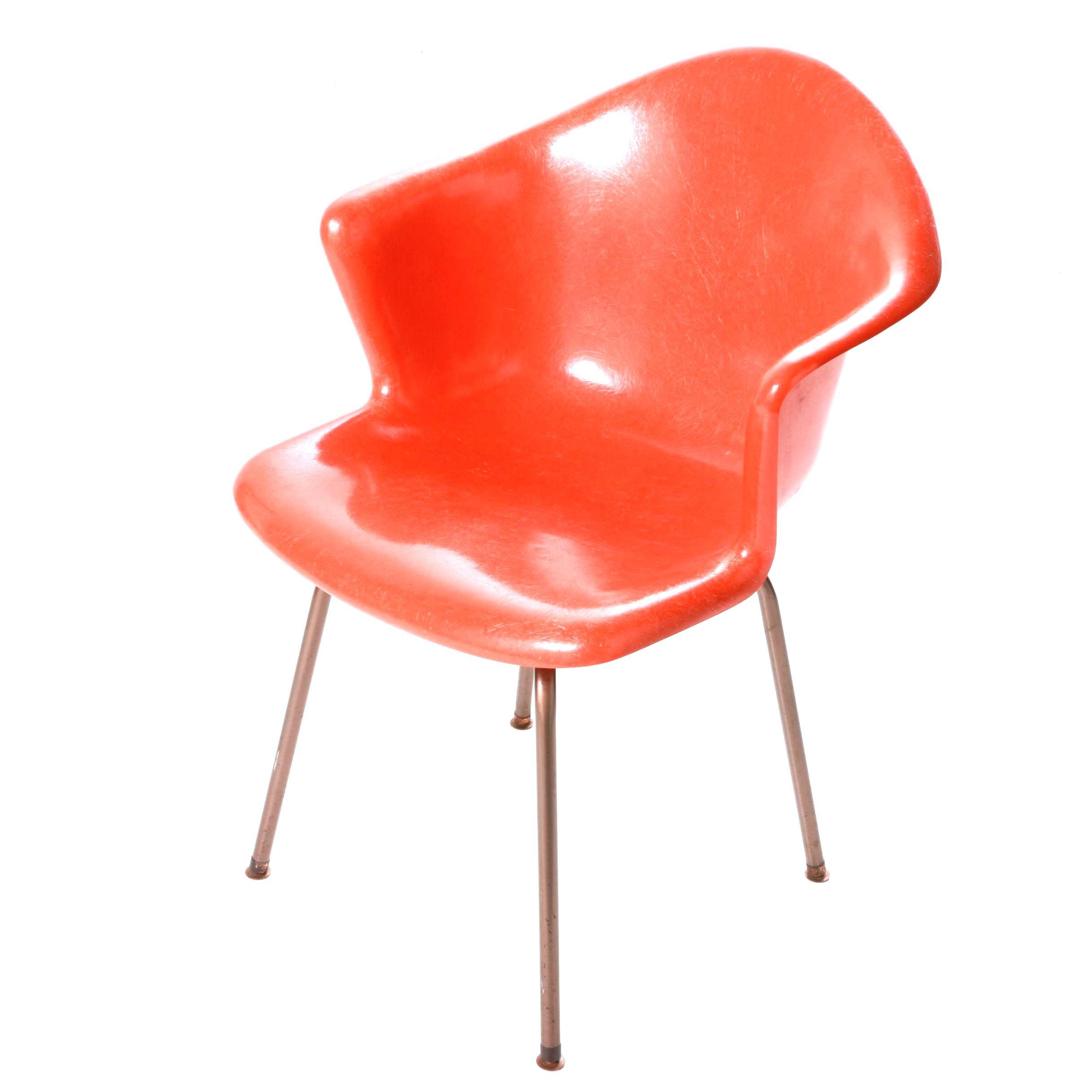 Vintage Mid Century Modern Fiberglass Chair by Douglas Furniture Corporation