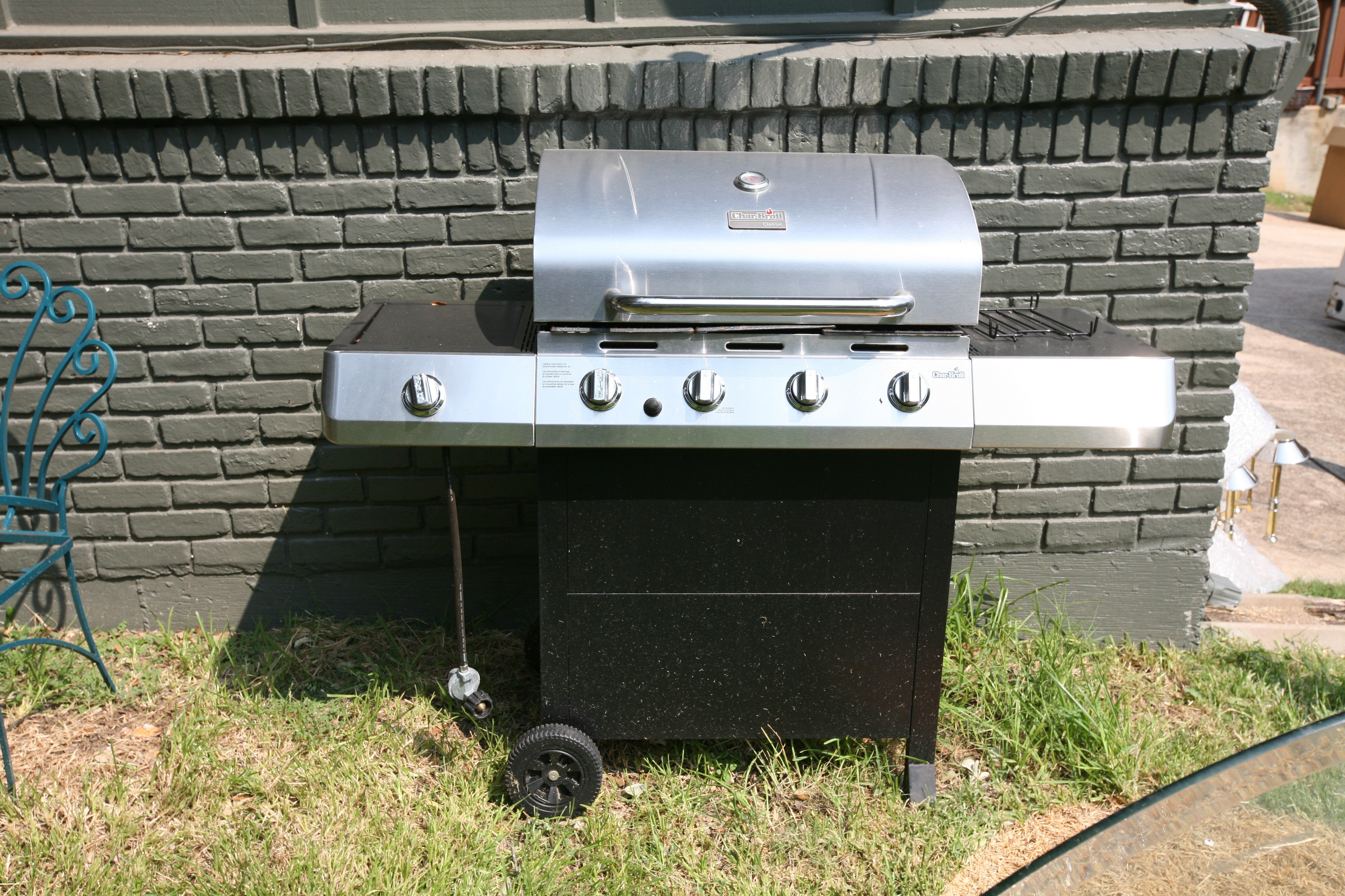 Char-Broil Classic Outdoor Grill