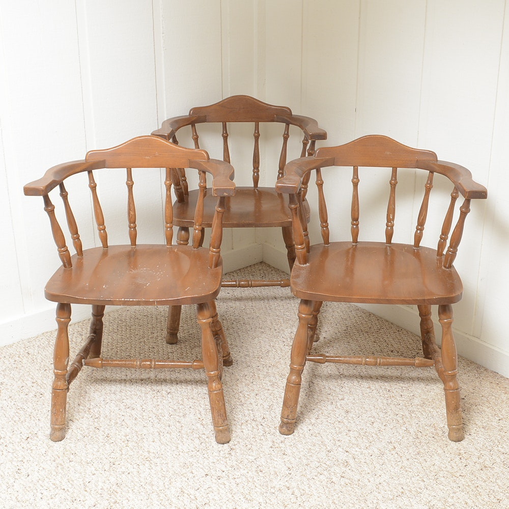 Windsor Style Lowback Captains Chairs