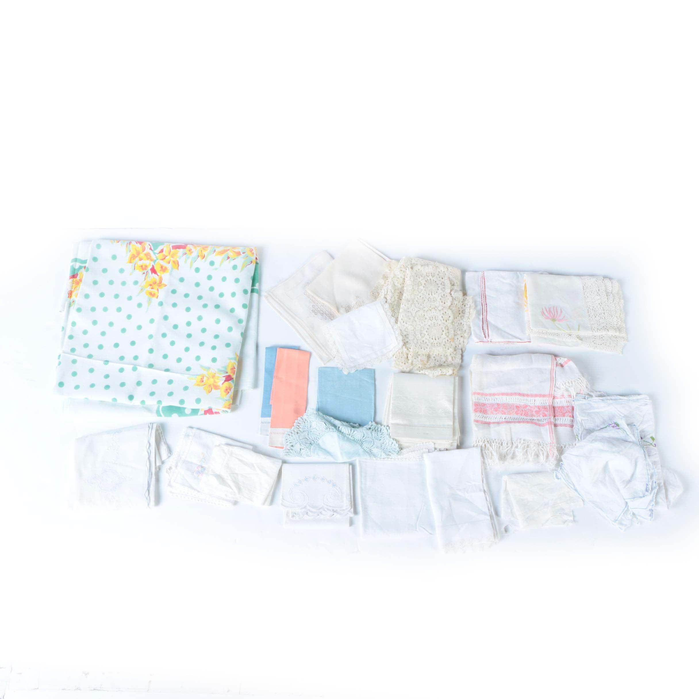 Assorted Vintage Linens