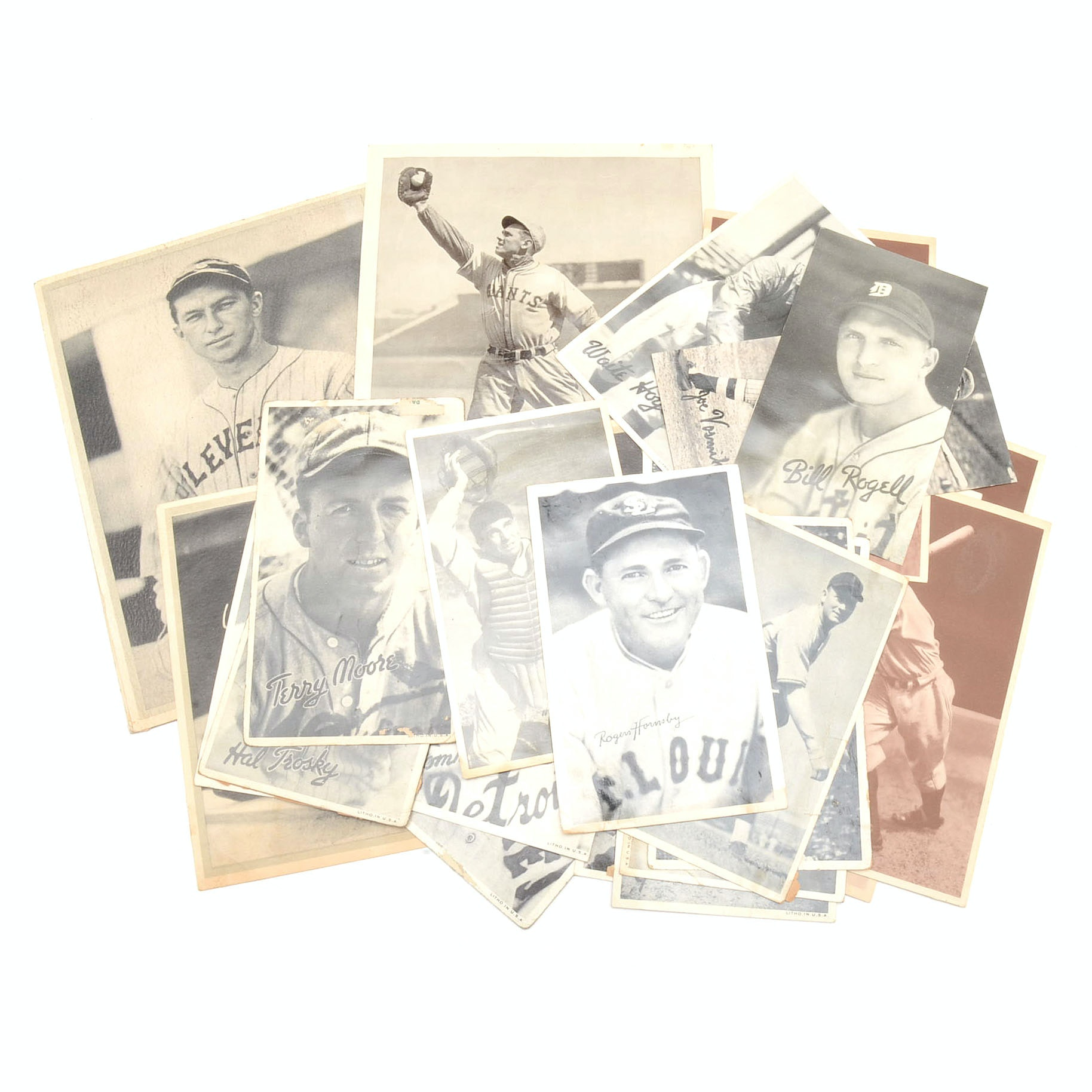 Twenty-Six 1930s Goudey and Other Photo Cards With Hall Of Fame Players