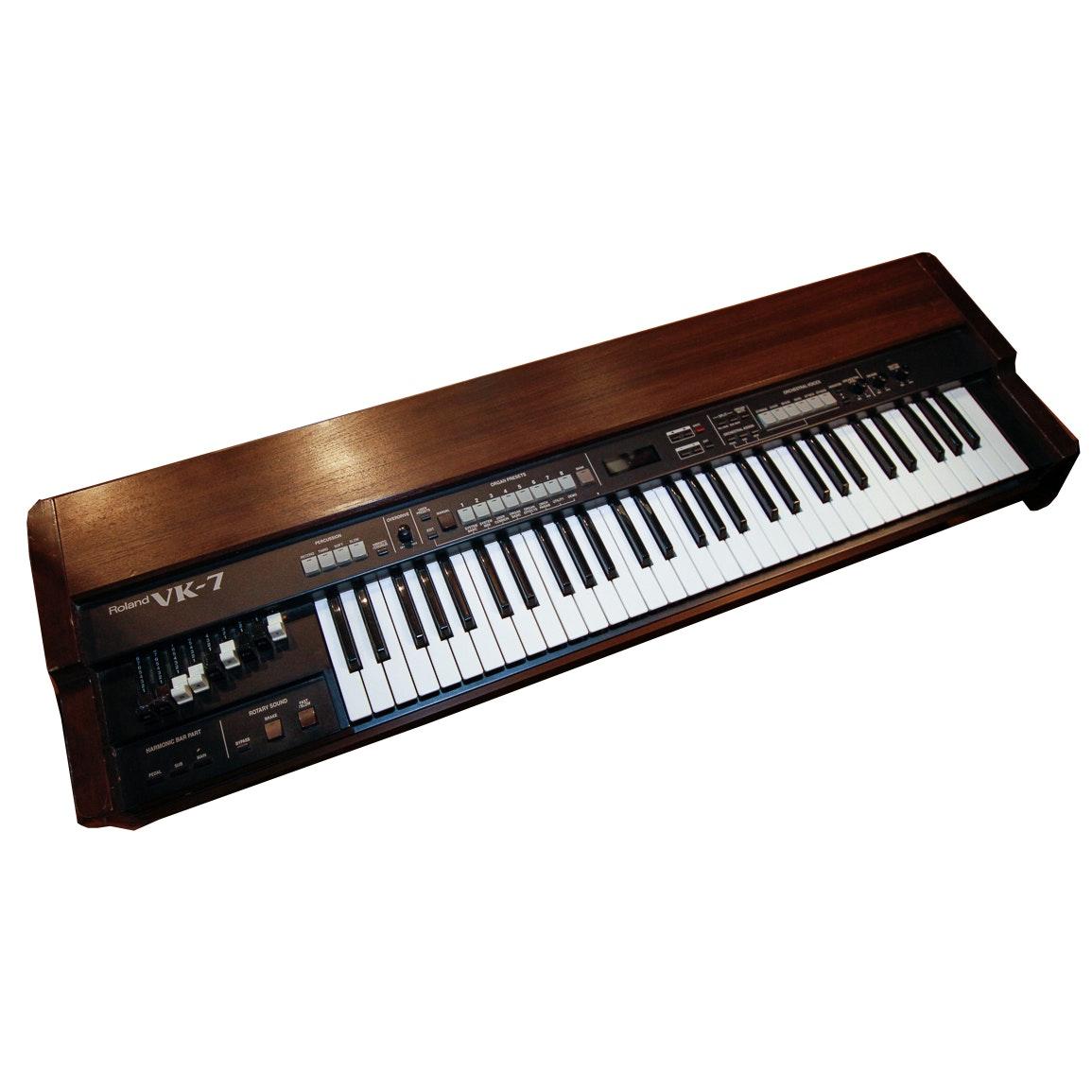 """Roland VK-7 """"Clonewheel Organ"""" Keyboard"""