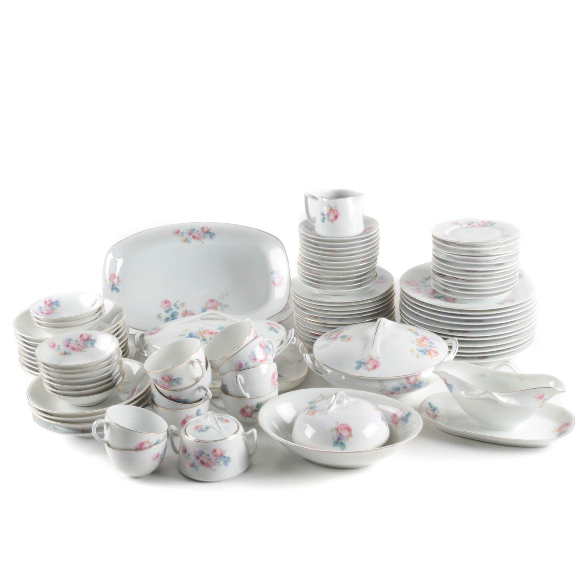 Hertel, Jacob & Co. Bavarian Porcelain Dinner Service Circa 1922-30