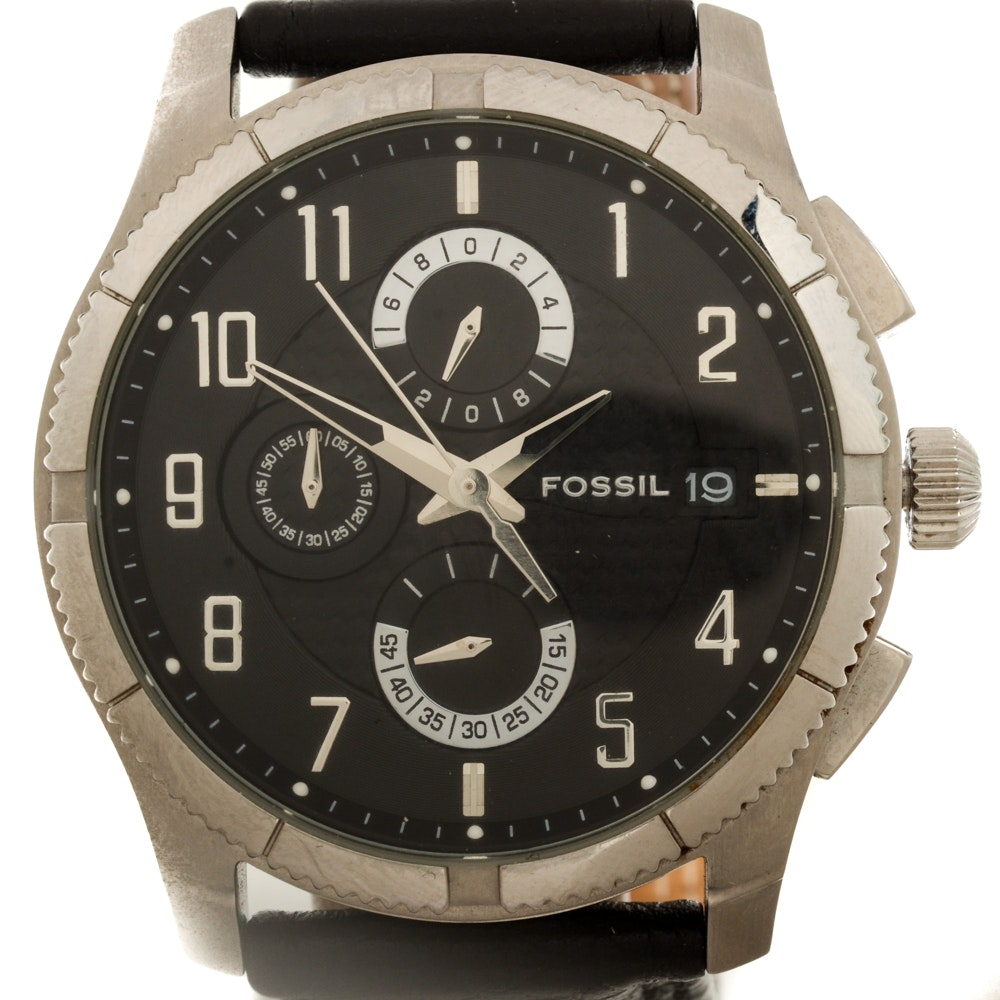 Fossil Wristwatch Featuring Chronographic Sub Dials