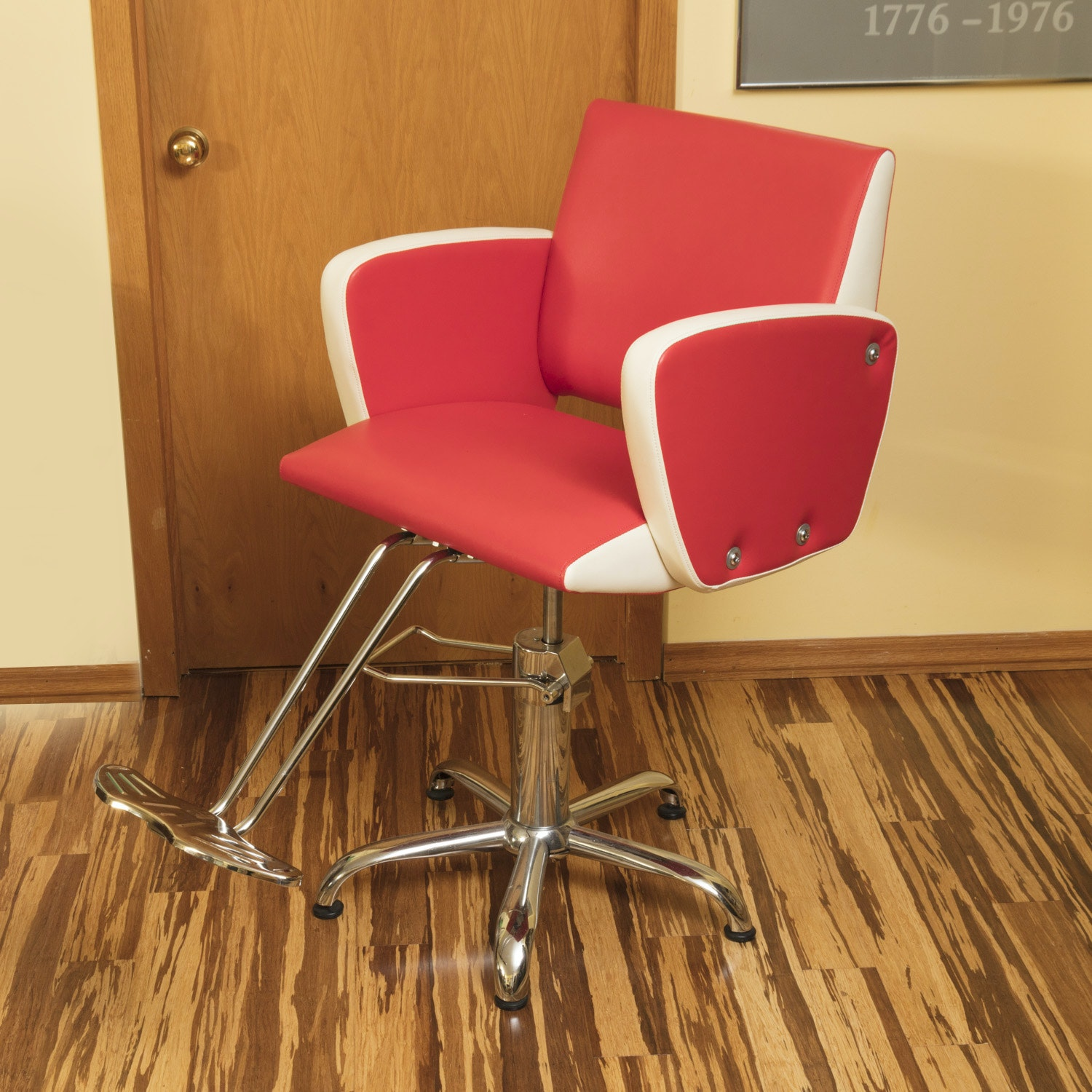 Shengyu Retro Style Hydraulic Hairdresser's or Barber's Chair