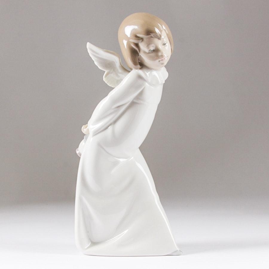 "Lladró ""Curious Angel"" Figurine"