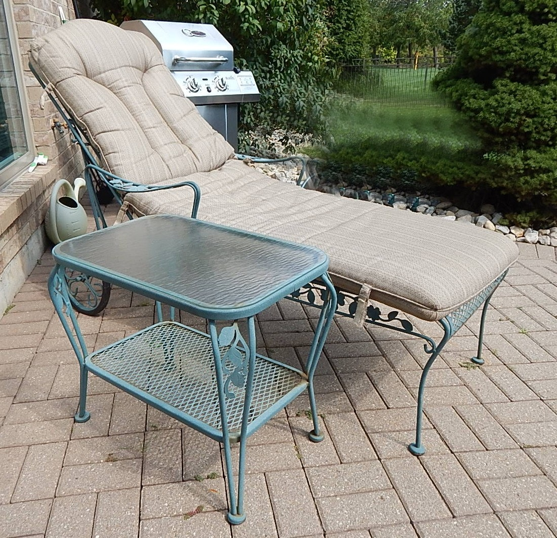 Patio Chaise Lounge with Glass Top Side Table