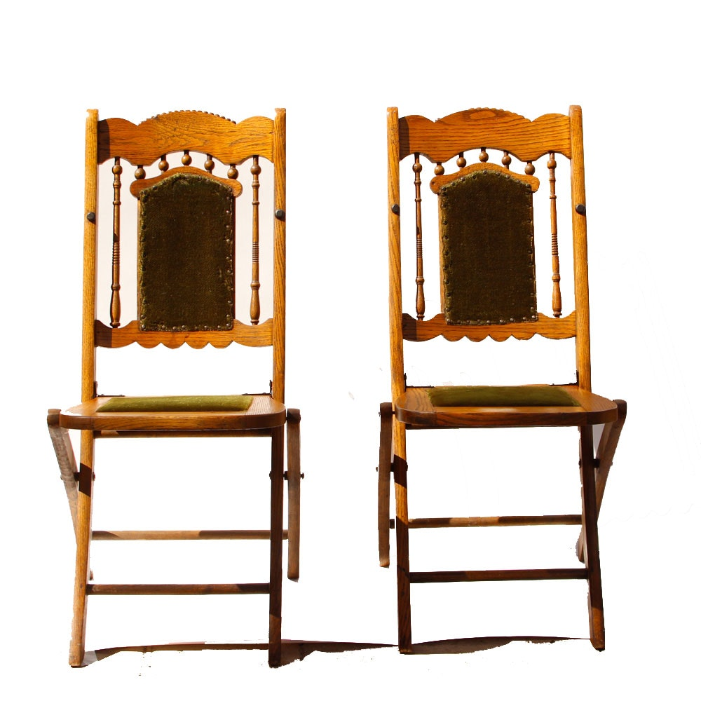 Merveilleux Pair Of Antique Folding Chairs With Green Mohair ...