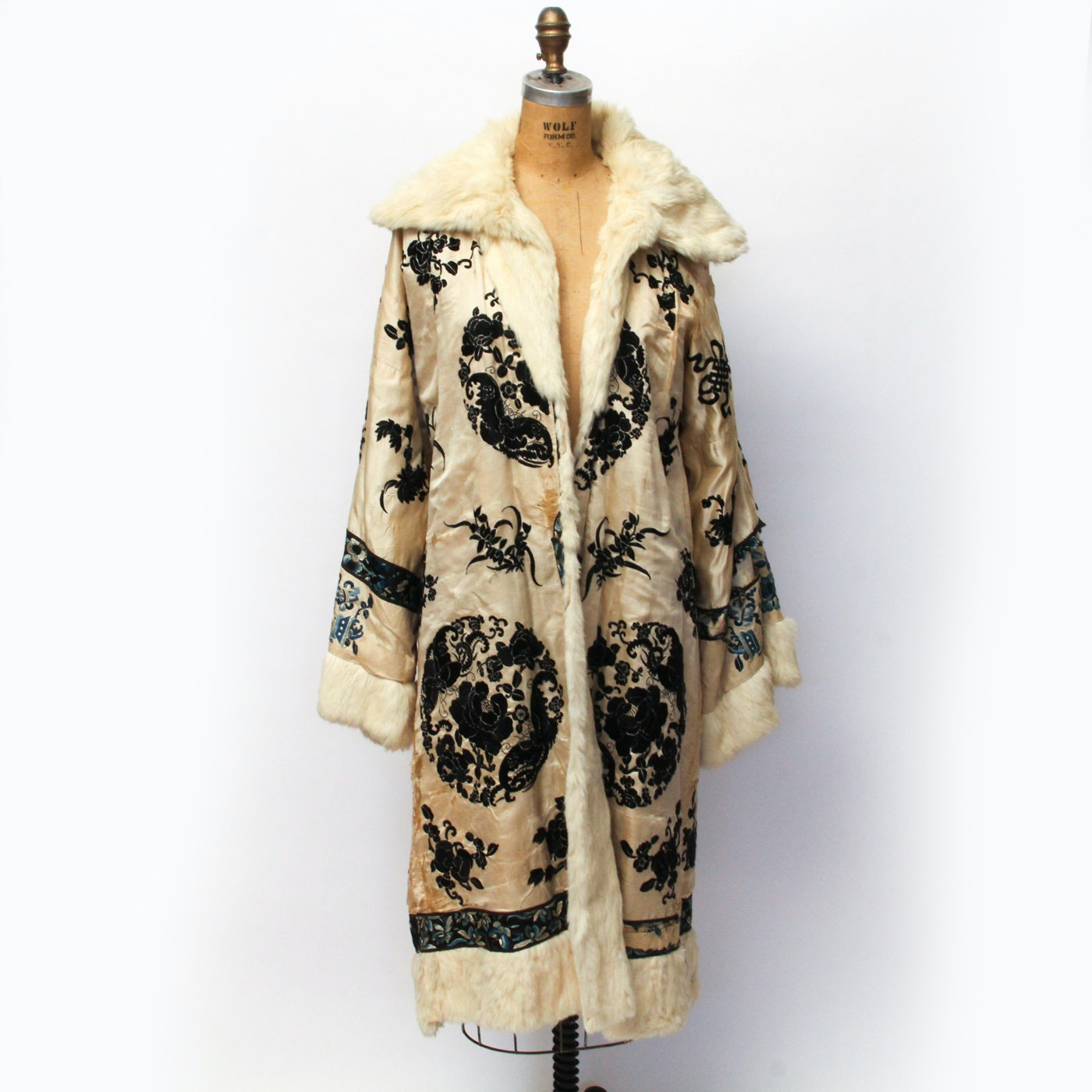Vintage Chinese Embroidered Fur Coat