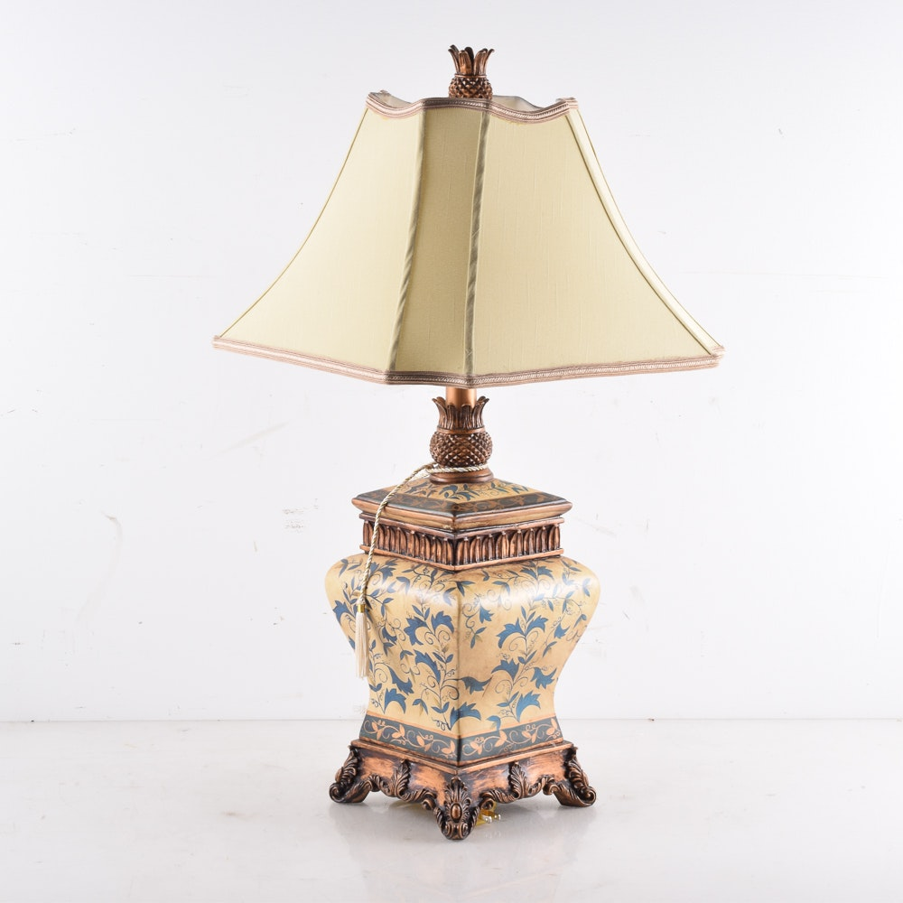 Pineapple Themed Ceramic Table Lamp