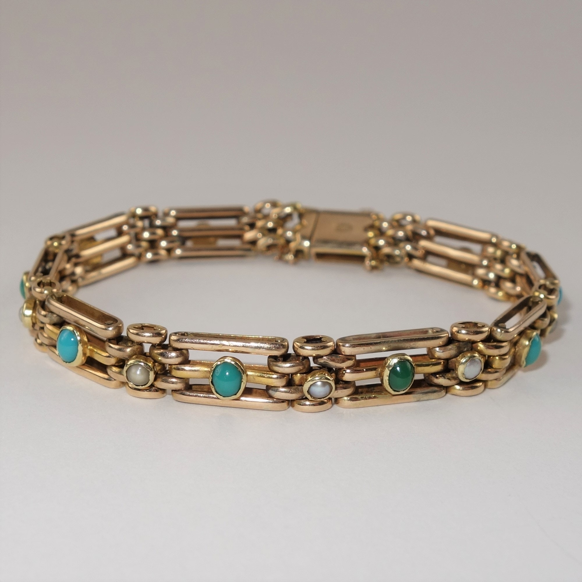 14K Yellow Gold Turquoise and Pearl Bracelet