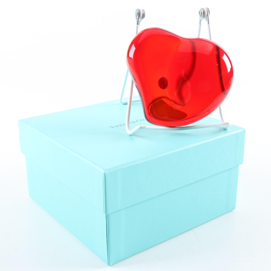 12c8f11d0c0 Tiffany   Co. Red Crystal Heart Paperweight   EBTH