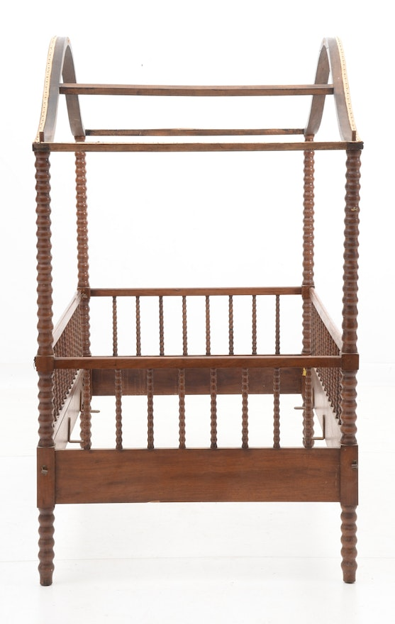 Victorian Youth Bed : Antique victorian youth size tester bed with spool
