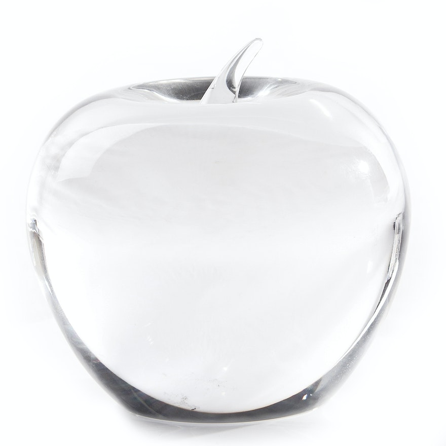 Tiffany Amp Co Crystal Apple Paperweight Ebth