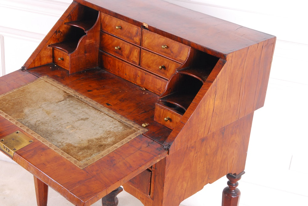 Antique William And Mary Walnut And Featherbanded Bureau