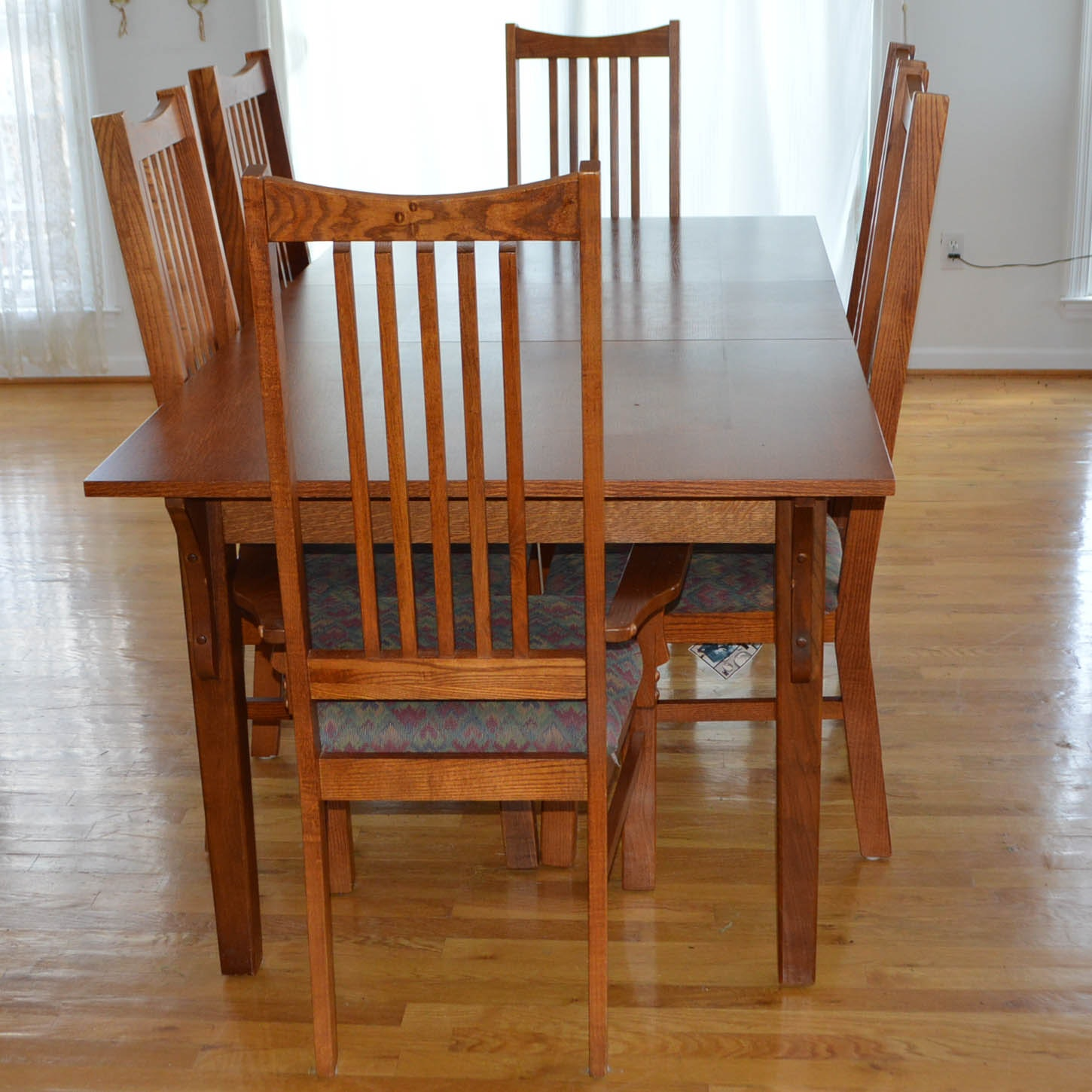 Red Oak Mission Style Dining Table and Chairs EBTH : DSC0246jpgixlibrb 11 from www.ebth.com size 880 x 880 jpeg 147kB