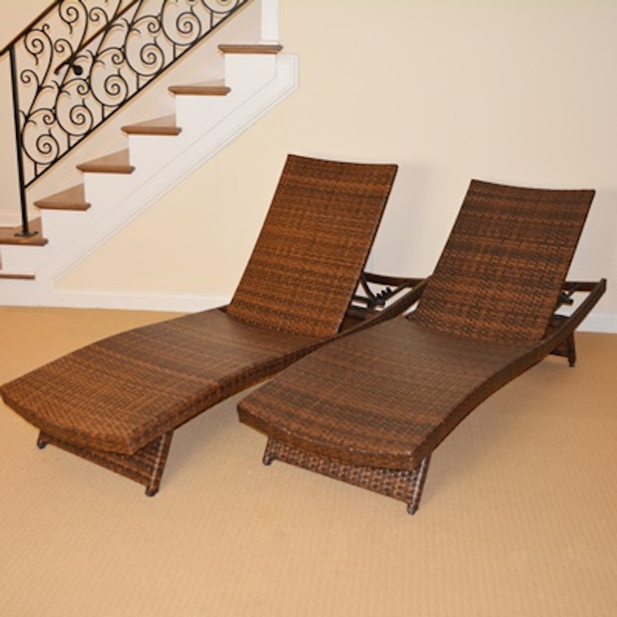 Rattan patio chaise lounge chairs ebth for Cane chaise lounge furniture