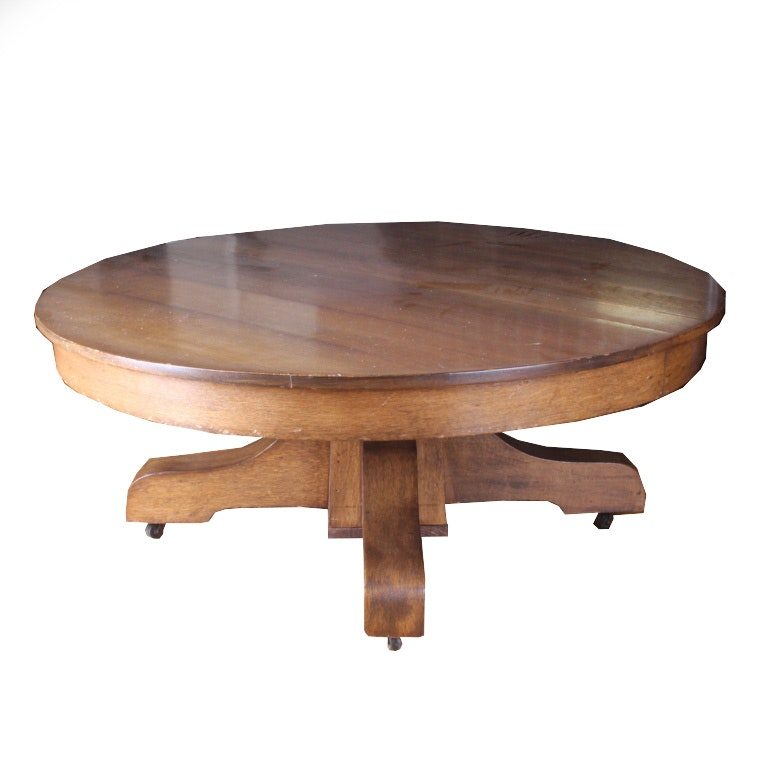 Mission-Style Round Oak Pedestal Coffee Table