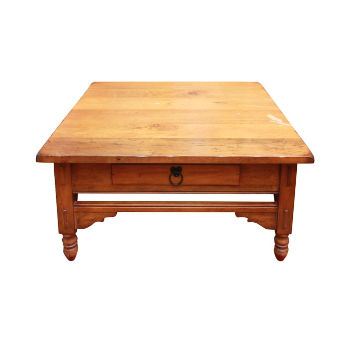 Farmhouse style coffee table ebth Farm style coffee tables